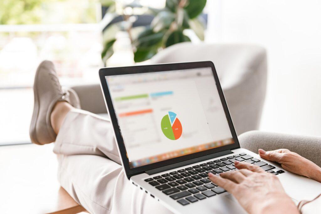 Analyze and Adapt a Marketing Strategy with Statistics